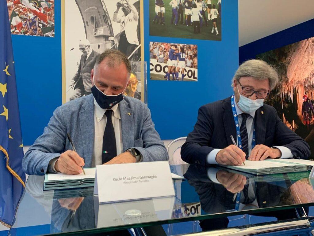 Read more about the article Ministero del Turismo e Club alpino italiano, firmato il Protocollo d'intesa per la valorizzazione dei percorsi alpinistici ed escursionistici